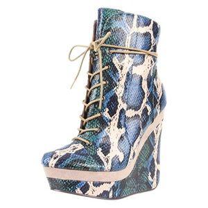 Snakeskin Platform Wedge Ankle Boots (sz 7)